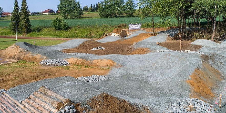 """Einzelprojekt """"Bike Park Stammbach"""" - Bildrechte Radquartier"""